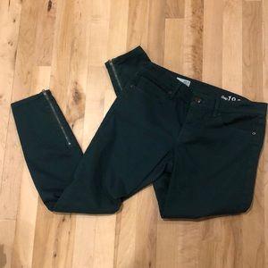 EUC Gap Sz 28 Legging Jeans